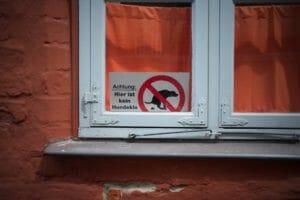no dog toilet sign