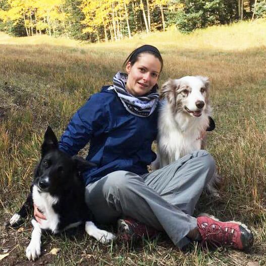 steffi trott with dogs